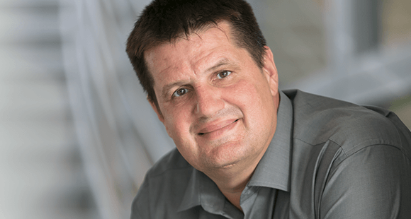 Alexander Zosel ist Unternehmer und Bauingenieur ist Co-Founder und Chief Innovation Officer bei Volocopter