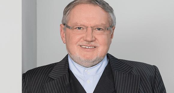 """Anselm Bilgri war bis 2004 Benediktinermönch und Prior des Klosters Andechs. Seit dem Ordensaustritt ist er unter anderem als Coach und Speaker tätig. 2013 hat er in München die """"Akademie der Muße"""" gegründet"""