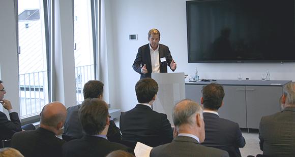 Der Unternehmer Alexander Krause erzählte lebhaft von seinem Unternehmensverkauf