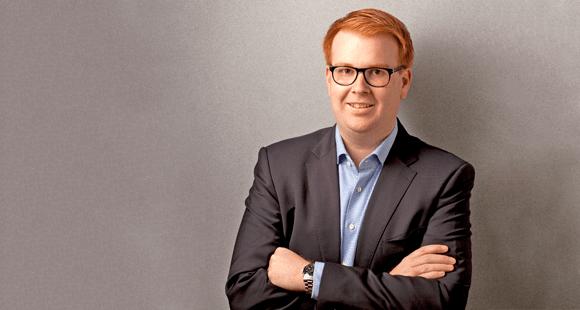 Marc Simons ist Gründer und Geschäftsführer des unabhängigen Versicherungsmaklers SIMONS & KOLLEGEN