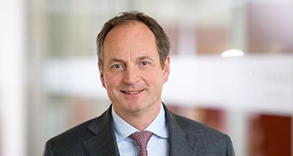 Matthias Schellenberg hat Anfang 2017 den Vorstandsvorsitz bei Merck Finck Privatbankiers übernommen. Er richtet das Traditionshaus auf die Anforderungen des digitalen Zeitalters aus