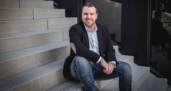 Nico Peters gründete zusammen mit Kai Böringschulte und Frank Wüller Compeon. Eine Plattform für die Finanzierung des Mittelstands