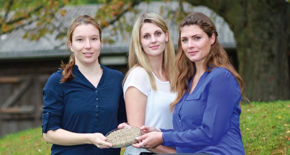 Bild der PerformaNat-Gründerinnen: Dr. Julia Rosendahl, Katharina Schrapers und Hannah Braun (v.l.)