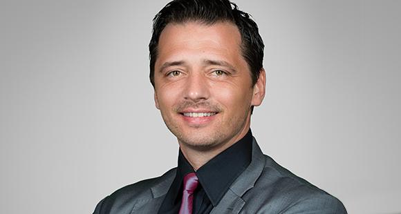 Robert Gladis leitet das Kompetenzcenter Firmenkunden der HALLESCHE Krankenversicherung