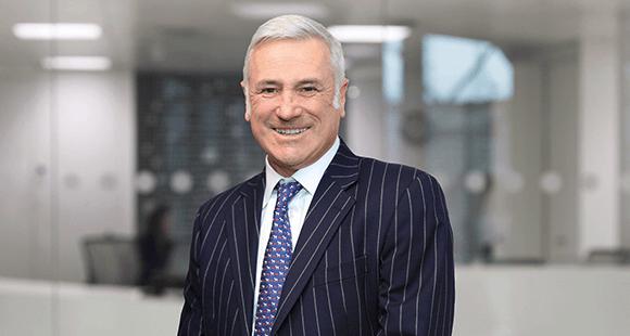 Roderick Flavell ist CEO des IT-Diensteisters FDM Group. Er verantwortet die strategische Entwicklung und den Ausbau des Geschäfts.