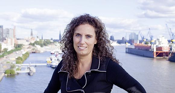 Sabine Remdisch: In der von ihr geleiteten Forschungsgruppe LeadershipGarage bündelt die Professorin Erkenntnisse zur Führung von morgen.