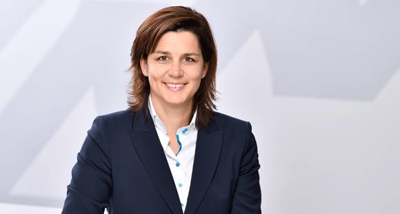 Sabrina van de Bürie ist Leiterin Vertrieb Betriebliche Krankenversicherung bei der AXA Krankenversicherung