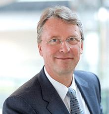 Christoph Meinel, Direktor des Hasso-Plattner-Instituts in Potsdam, über die Digitalisierung des Mittelstands