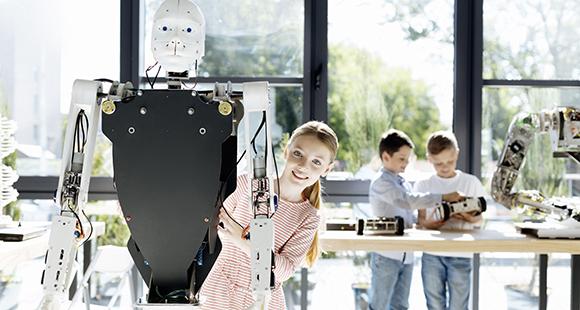 Nicht alle Kinder zeigen Robotern gegenüber Empathie