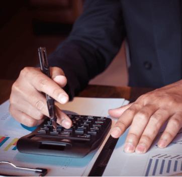 Welche Steuern fallen beim Verkauf einer GmbH an?