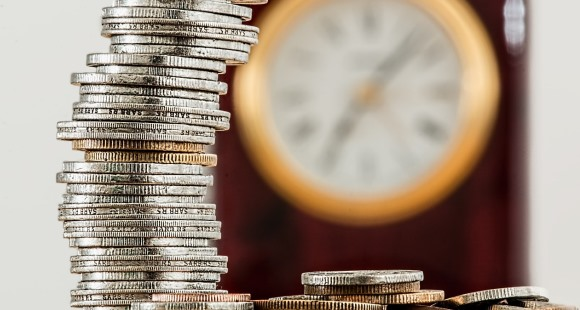 Worauf ist bei Earn-Out-Klauseln beim Unternehmensverkauf zu achten?